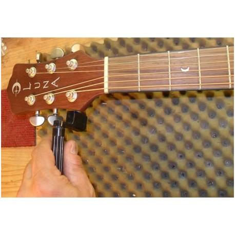 Remplacement des cordes (guit folk ou électrique )